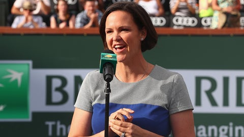 INDIAN WELLS, CA - MARCH 13:  Lindsay Davenport of USA receives a ring as she is inducted into the International Tennis Hall of Fame during day seven of the BNP Paribas Open at Indian Wells Tennis Garden on March 13, 2016 in Indian Wells, California.  (Photo by Julian Finney/Getty Images)