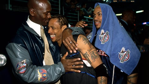 2001 All-Star hugs
