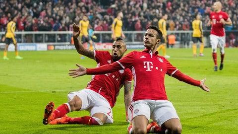 Bayern's Arturo Vidal-Thiago tandem