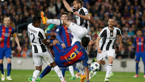 Juventus' central defenders and Alex Sandro were flawless