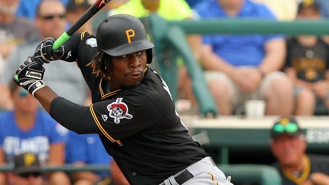 LAKE BUENA VISTA, FL - MARCH 13: Gift Ngoepe (61) of the Pirates at bat during the spring training game between the Pittsburgh Pirates and the Atlanta Braves on March 13, 2017 at Champion Stadium in Lake Buena Vista, Florida. (Photo by Cliff Welch/Icon Sportswire) (Icon Sportswire via AP Images)
