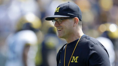 Michigan's Jim Harbaugh wants Obamas to be honorary captains