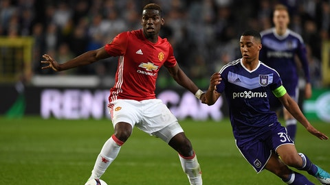 BRUSSELS, BELGIUM - APRIL 13: Paul Pogba of Manchester United and Youri Tielemans of Anderlecht compete for the ball during the UEFA Europa League quarter final first leg match between RSC Anderlecht and Manchester United at Constant Vanden Stock Stadium on April 13, 2017 in Brussels, Belgium. (Photo by Etsuo Hara/Getty Images)