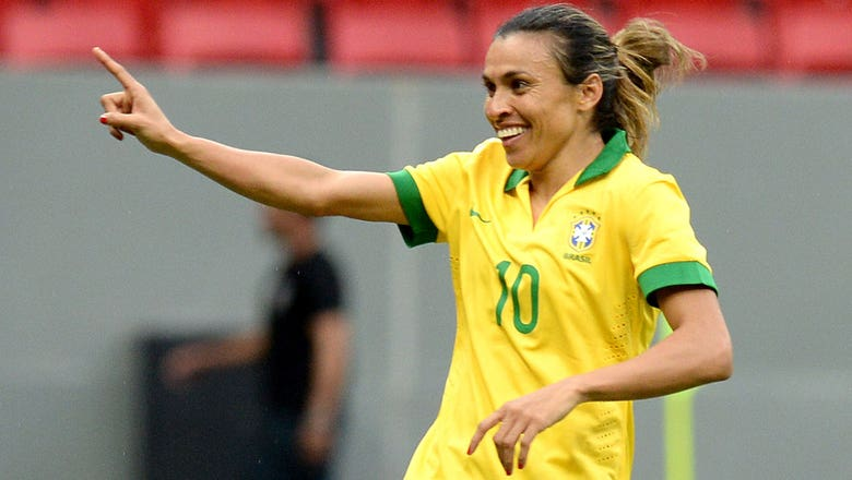 Insider Notes: Marta set to sign with Orlando Pride; USWNT CBA takeaways