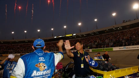 Michael Waltrip, 2011