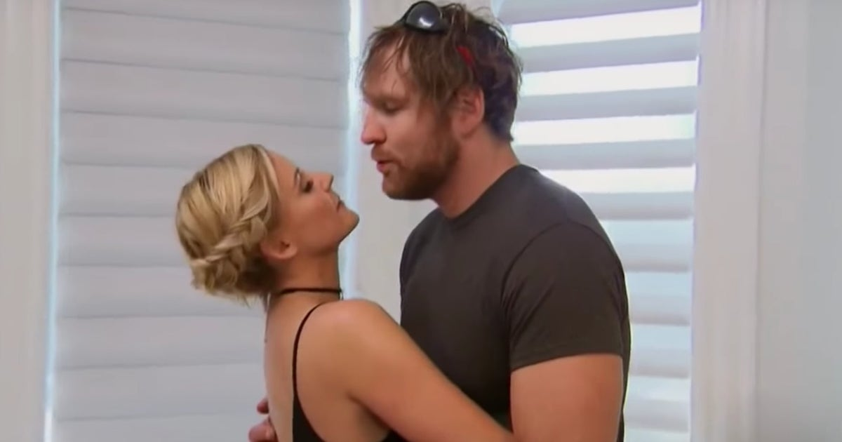 Wwe Star Renee Young Reveals That She And Dean Ambrose Are