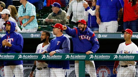 Rangers react to Gomez's cycle from dugout