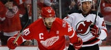 Red Wings close Joe Louis Arena with 4-1 victory over Devils
