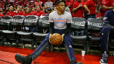 Westbrook has to rely on his teammates more often