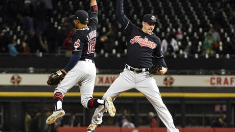 Cleveland Indians (10-8)