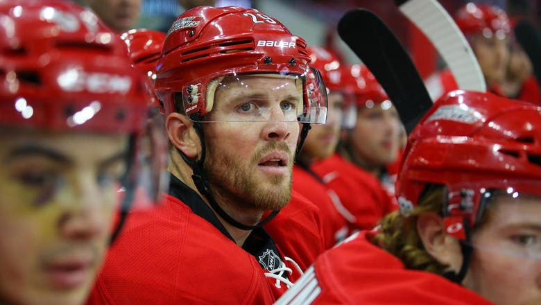 Carolina Hurricanes' Bryan Bickell to retire after season's final two games