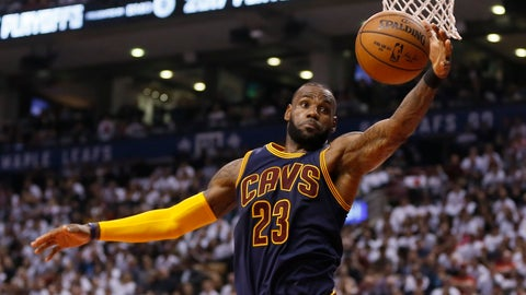 NBA Recaps: Cavs sweep; Wizards, Celtics tied 2-2