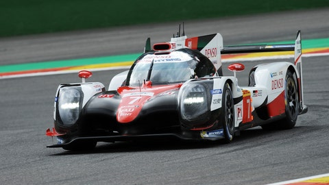 The No. 7 Toyota leads as of the completion of the first hour. (Photo: LAT Images)