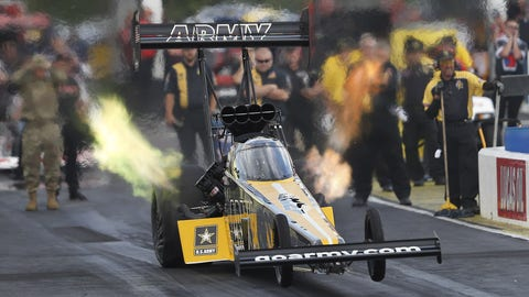 Lucas Oil NHRA Southern Nationals ladders