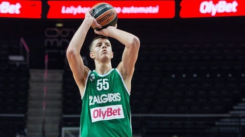 San Antonio Spurs: Isaiah Hartenstein, PF/C, Zalgiris (International)