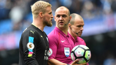 Guardiola praises referee Madley for disallowing Mahrez's penalty goal