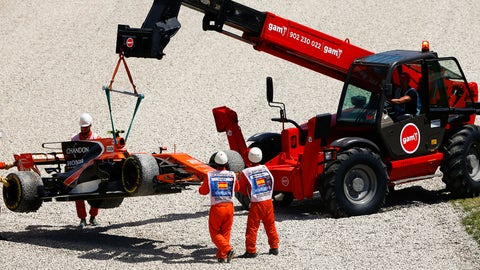 Stoffel Vandoorne has accepted that it's inevitable that McLaren Honda will receive further grid penalties this year. (Photo: Andy Hone/LAT Images)