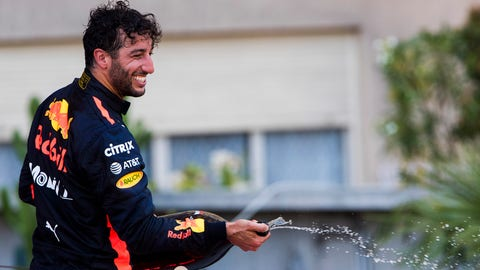 Daniel Ricciardo celebrates his third place finish on the podium. (Photo: Sam Bloxham/LAT Images)