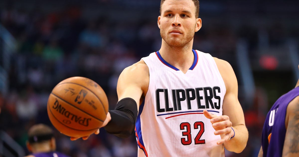 10024854-nba-los-angeles-clippers-at-phoenix-suns-2-1.vresize.1200.630.high.0