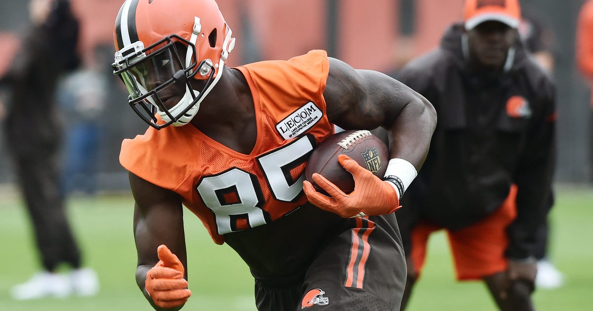 10071935-nfl-cleveland-browns-ota.vresize.1200.630.high.0