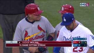 WATCH: Molina extends hit streak to 14 games with RBI single
