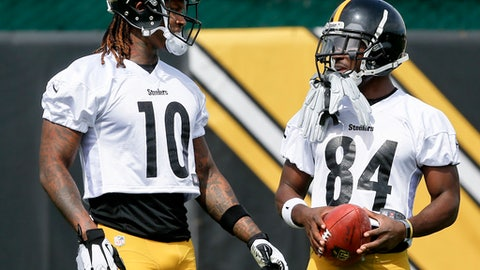 Pittsburgh Steelers wide receiver Martavis Bryant (10) talks with teammate Antonio Brown during an NFL football practice, Tuesday, May 23, 2017, in Pittsburgh. Bryant returned to work with the rest of the team as the team started organized team activities. He missed the 2016 season while serving a suspension of the league's substance abuse policy. (AP Photo/Keith Srakocic)