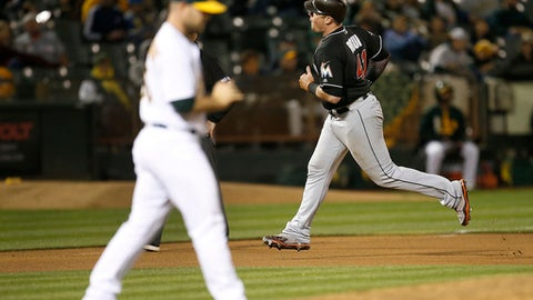 Sonny Gray spectacular in Athletics' sinking of Marlins