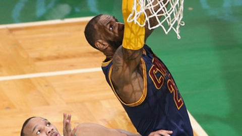 BOSTON, MA - MAY 25:  LeBron James #23 of the Cleveland Cavaliers shoots the ball against Avery Bradley #0 of the Boston Celtics in the first half during Game Five of the 2017 NBA Eastern Conference Finals at TD Garden on May 25, 2017 in Boston, Massachusetts. NOTE TO USER: User expressly acknowledges and agrees that, by downloading and or using this photograph, User is consenting to the terms and conditions of the Getty Images License Agreement.  (Photo by Adam Glanzman/Getty Images)
