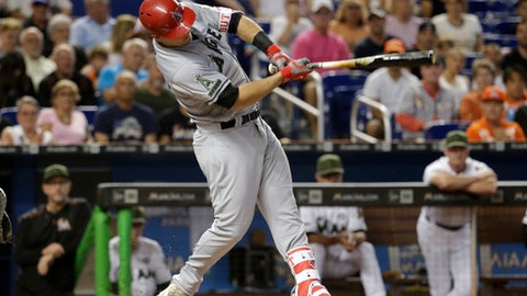 Bryce Harper, Hunter Strickland trade punches in Washington Nationals' 3-0 win