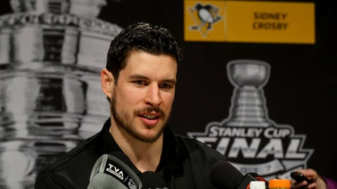 PITTSBURGH, PA - MAY 28:  Sidney Crosby #87 of the Pittsburgh Penguins answers questions during Media Day for the 2017 NHL Stanley Cup Final at PPG PAINTS Arena on May 28, 2017 in Pittsburgh, Pennsylvania.  (Photo by Bruce Bennett/Getty Images)
