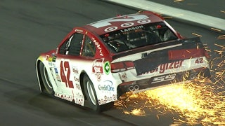 Kyle Larson Hits the Outside Wall Hard at Charlotte | 2017 CHARLOTTE | FOX NASCAR