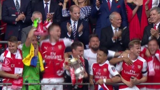 Arsenal lifts the FA Cup | 2016-17 FA Cup Final Highlights