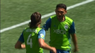 Cristian Roldan strikes for Seattle Sounders | 2017 MLS Highlights