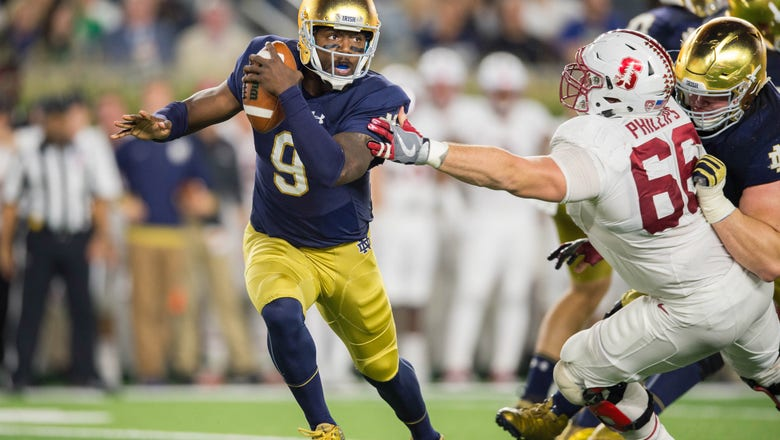 Texas Football: Longhorns one of two finalists for Malik Zaire?