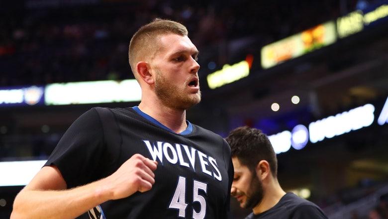 Minnesota Timberwolves: Cole Aldrich 2016-17 season review