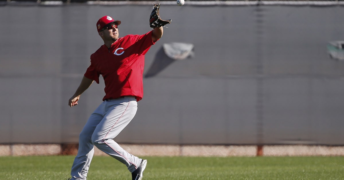 9890131-sports-cincinnati-reds-workouts.vresize.1200.630.high.0