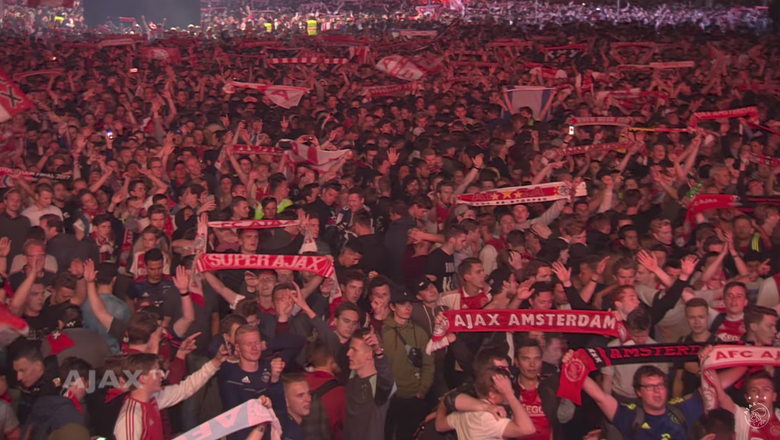 Video: 100,000 Ajax fans sing club's anthem in unison after Europa League defeat