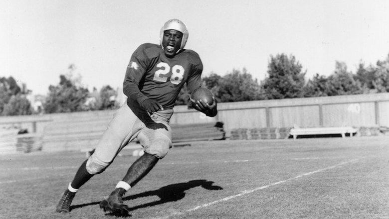 UCLA receives $1M for scholarships established in honor of Jackie Robinson