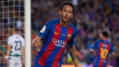 BARCELONA, SPAIN - MAY 21:  Neymar Jr of Barcelona celebrates after his team scoring goal during the La Liga match between FC Barcelona and SD Eibar at Camp Nou Stadium on May 21, 2017 in Barcelona, Spain.  (Photo by fotopress/Getty Images)