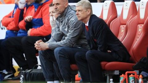 Arsene Wenger finally beat Jose Mourinho