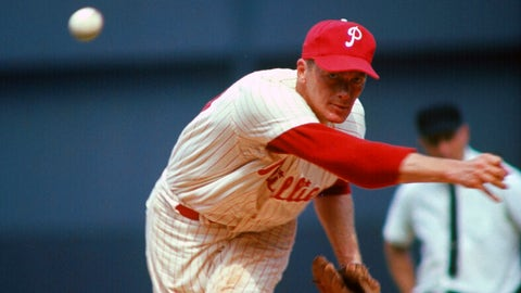 PHILADELPHIA, PA - CIRCA 1964: Pitcher Jim Bunning #14 of the Philadelphia Phillies pitches during a circa 1964 Major League Baseball game at Connie Mack Stadium in Philadelphia, Pennsylvania. Bunning played for the Phillies 1964-67 and 1970-71. (Photo by Focus on Sport/Getty Images)
