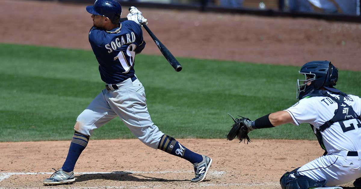 Pi-mlb-brewers-eric-sogard-051817.vresize.1200.630.high.0