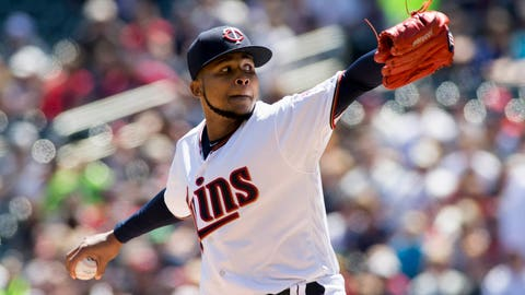Berrios' arm, Sano's bat key Twins over White Sox 4-2