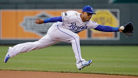 Royals battle back, top Rays in 12 innings