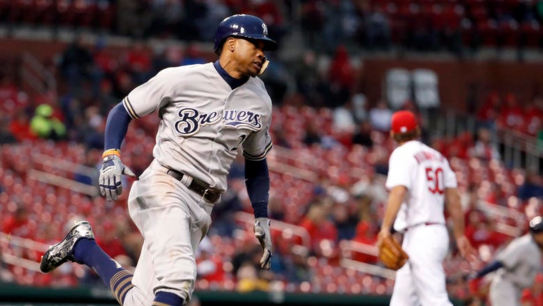 StaTuesday: Brewers' Broxton among fastest players in majors