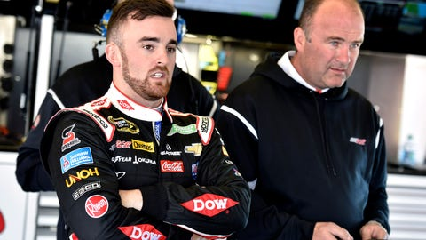'Slugger' Labbe out as Dillon's crew chief