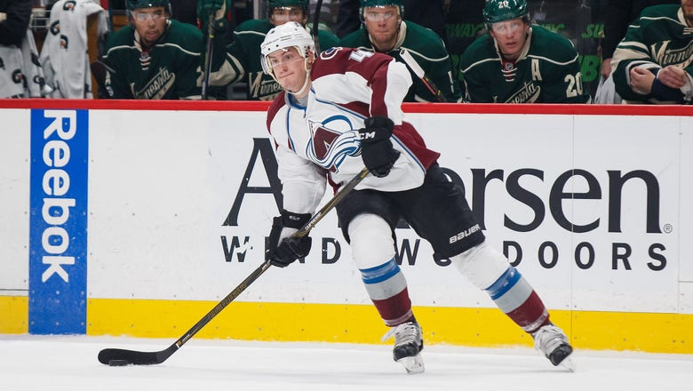 Avalanche player suffers injury while wrestling with teammate at World Championships