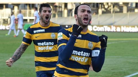 ↑ Promoted: Hellas Verona FC