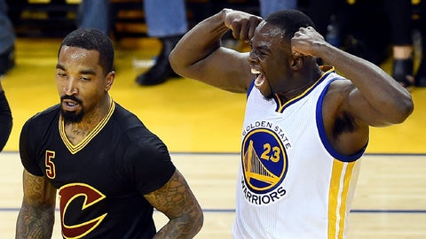 Durant, Curry lead Warriors to rout of Cavs, 2-0 series lead