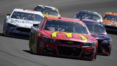 Jimmie Johnson forced to backup auto  after practice spin